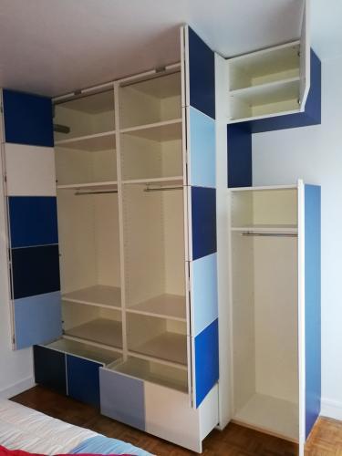 Dressing-damier-bleu-ouvert