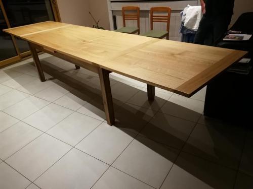 Table-châtaignier-allonge-italienne-ouverte