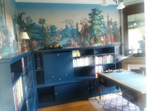Bibliothèque-bleue-secretaire